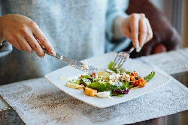 خوردن غذای سالم برای جلوگیری از بیماریهای کلیوی