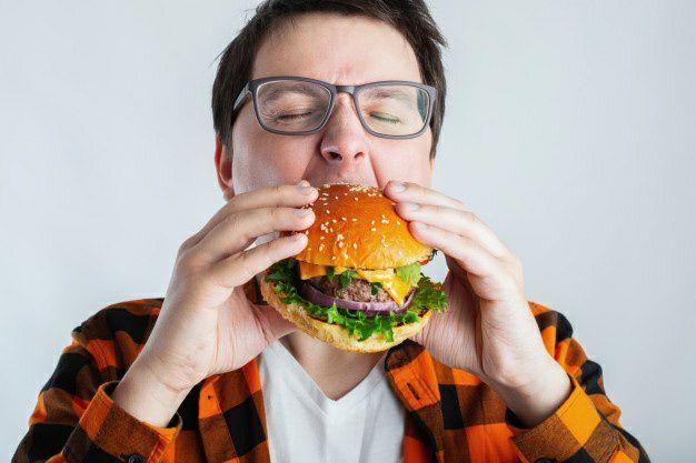 علل به وجود آمدن سنگ کلیه در بدن انسان - مصرف گوشت