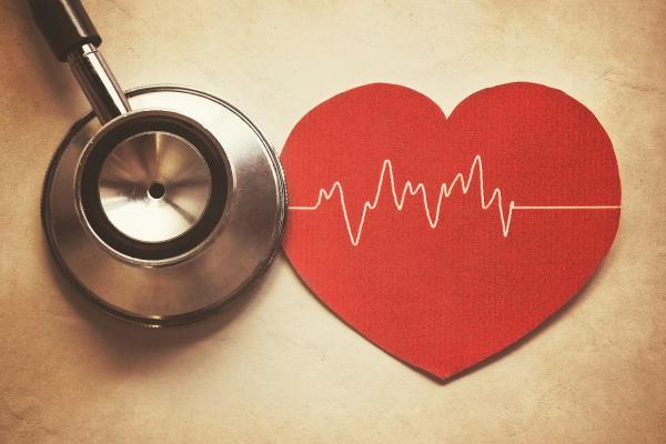 کلسترول بالا، آیا خطری برای سلامتی قلب است؟