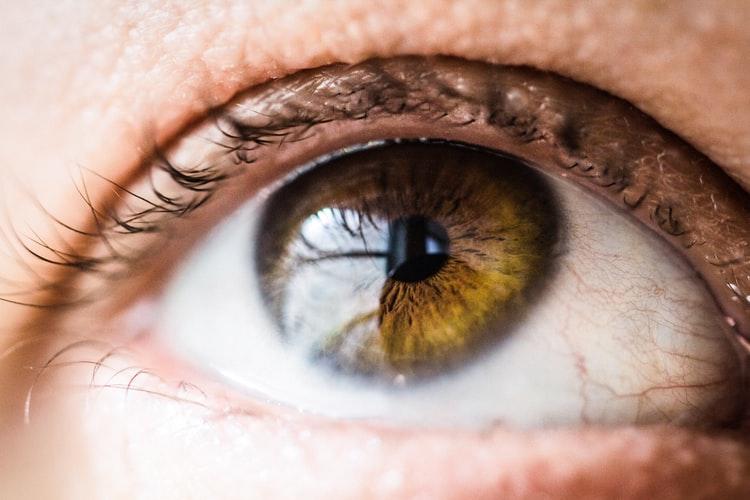 گریوز، عامل ابتلا به تیروئید چشمی
