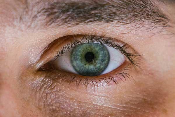 برای تغییر رنگ چشم چه کنیم