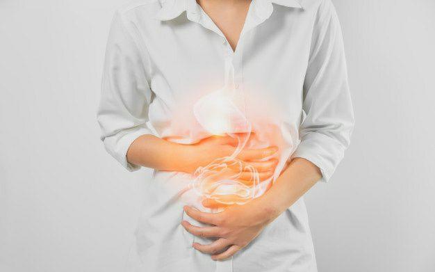 علایم سرطان معده چیست و چگونه تشخیص داده میشود؟
