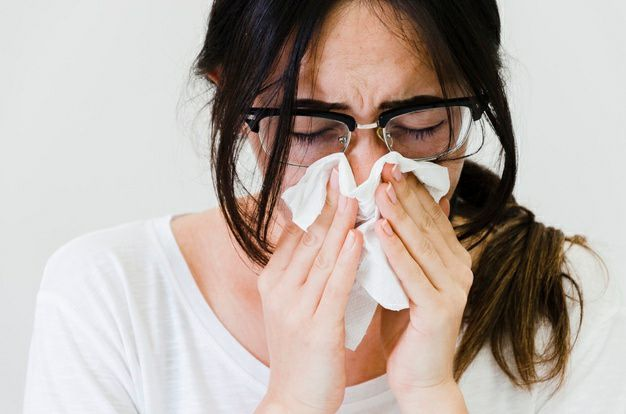 توصیههای عمومی برای پاک کردن و ضدعفونی کردن خانههایی که یکی از افراد آن به علت بیماری ایزوله شده است