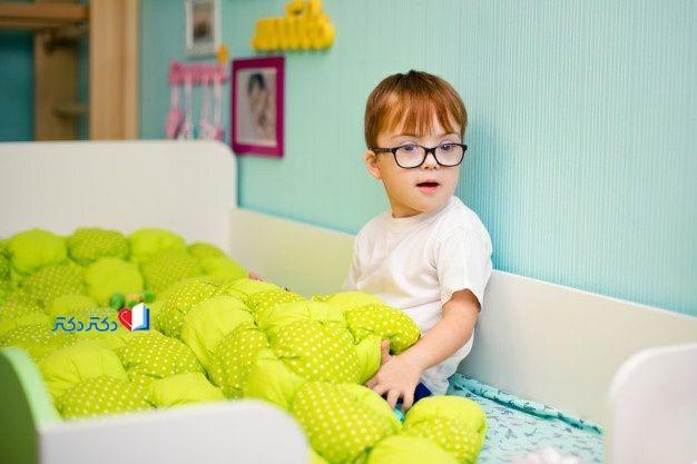 کودک مبتلا به سندروم داون