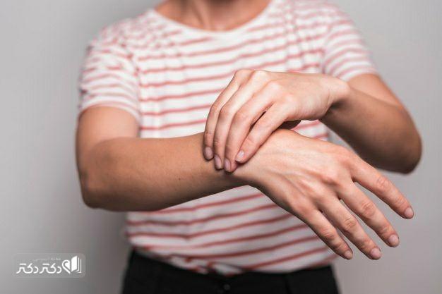 علل دررفتگی مچ دست