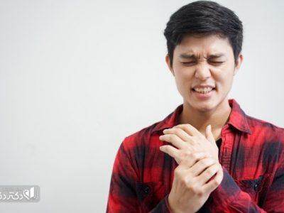 علت خارش کف دست چپ
