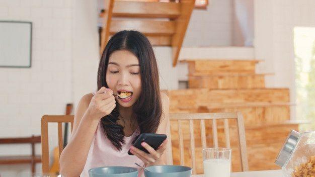 خوردن لبنیات در دوران عادت ماهانه