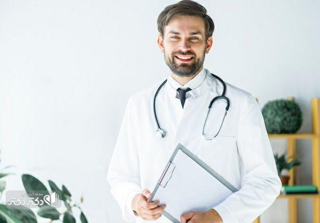 پزشک معالج ژنیکوماستی